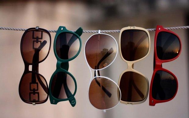 عینک آفتابی باید تجویز شود