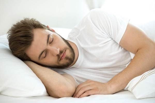 عوارض جبران ناپذیر بیخوابی بر عملکرد مغز/ سن بروز اختلالات خواب