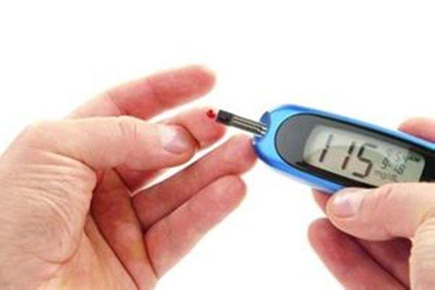 عوارض و خطرات دیابت بارداری/اهمیت کنترل قند خون