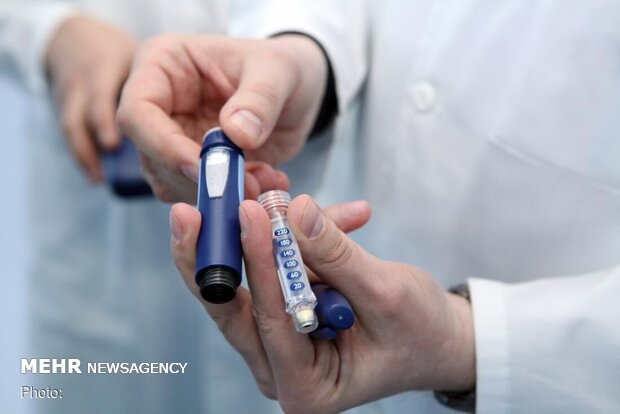 درگیر جنگ تمام عیار درتحریم دارو هستیم/انسولین ایرانی استفاده شود